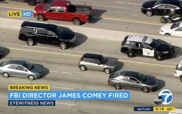 奥巴马给特朗普挖的坑,结果连FBI局长也被拖了下来