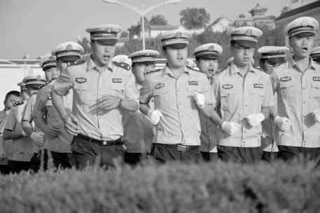 """扬帆起航再出发 —礼县交警大队开展""""创新创优""""活动纪实"""