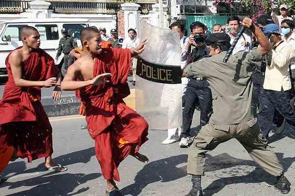藏红色铁幕:东南亚地区的佛教极端主义