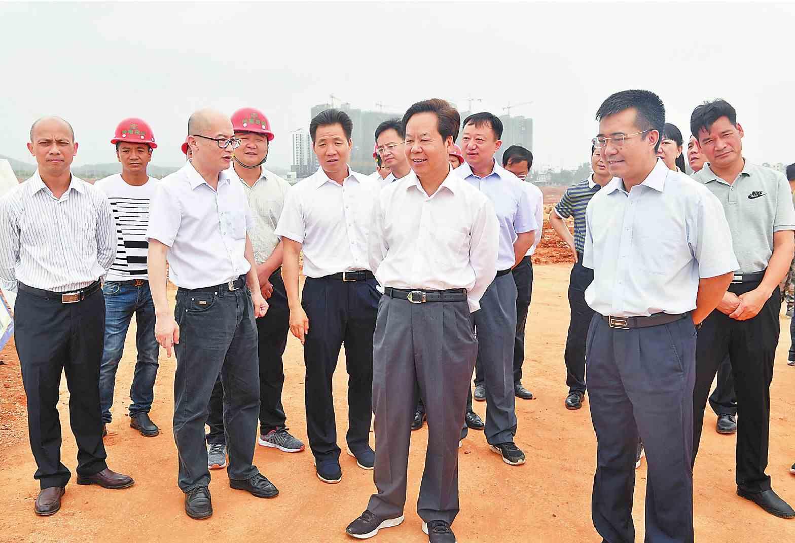 刘有明到中心城区河湖水系连通一期工程项目调研时强调 要坚定目标 加快建设 确保工程项目按时按量完成