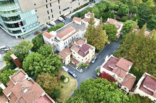 上海市眼病防治中心虹桥院区里面藏了11栋洋楼。